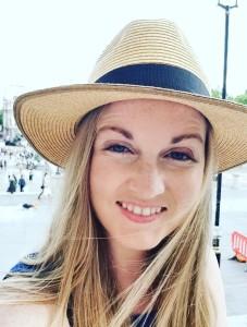 Erin Headshot (3)